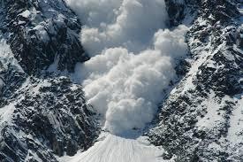 Лавины: что нужно знать о снежной стихии