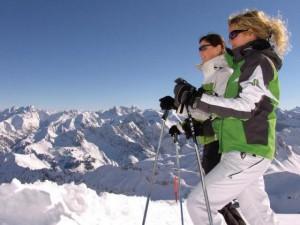 Выбираем подходящий горнолыжный костюм